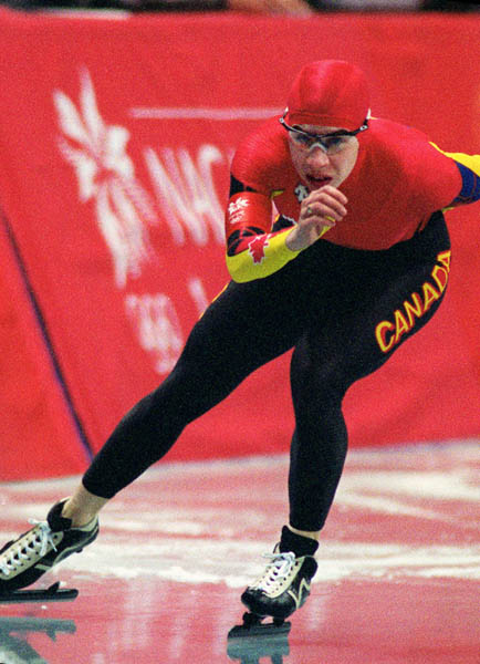 Canada's Isabelle Doucette skating the long track  at the 1998 Nagano Winter Olympics. (CP PHOTO/COA)