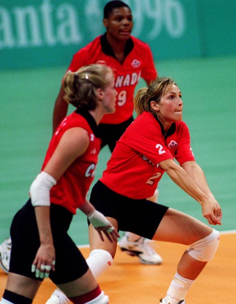 Saint-Antoine-De-Tilly (Q Canada  city photos : Canadian women's volleyball players