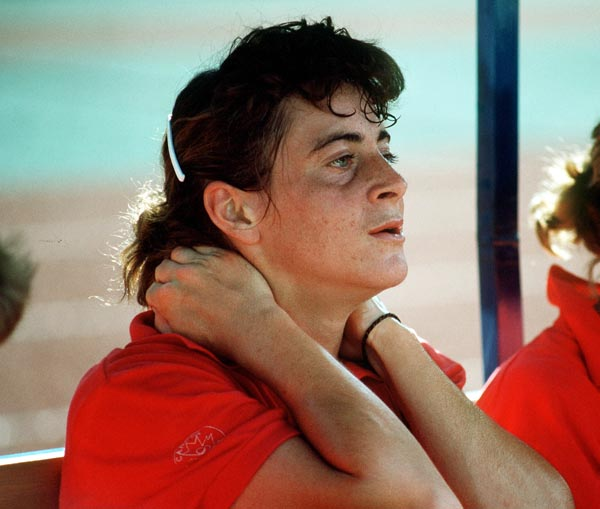 Canada's Deb Covey takes a break during field hockey action at the 1988 Seoul Olympic Games. (CP Photo/ COA/ T. Grant)