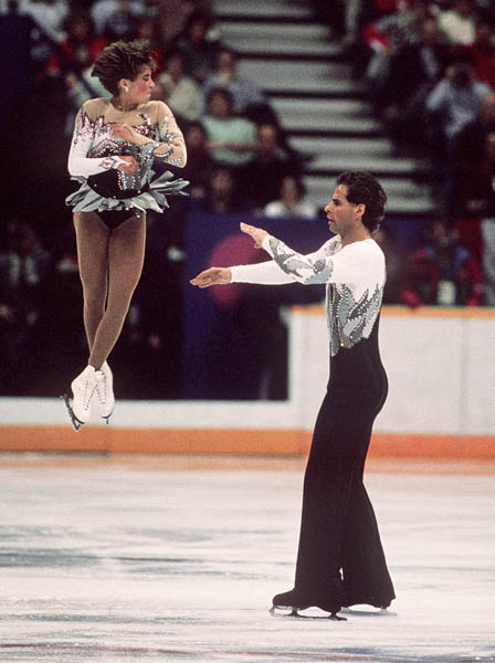 Canada's Isabelle Brasseur (left) and Loyd Eisler participate in the pairs figure skating event at the 1988 Winter Olympics in Calgary. (CP PHOTO/COA/S.Grant)