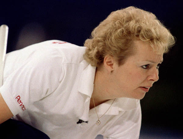 Canada's Lindsay Sparks competes in the curling event at the 1988 Calgary Olympic winter Games. (CP PHOTO/COA/Ted Grant)