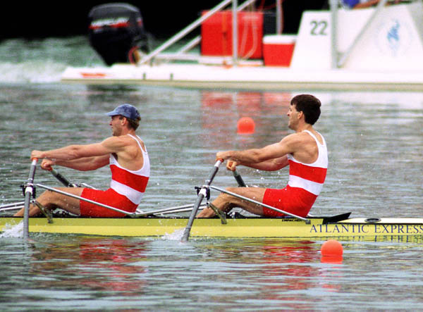 Canada's Todd Hallet (left) and Mike Forgeron compete in the men's 2x sculls at the 1996 Atlanta Olympic Games. (CP PHOTO/COA/Mike RIdewood)