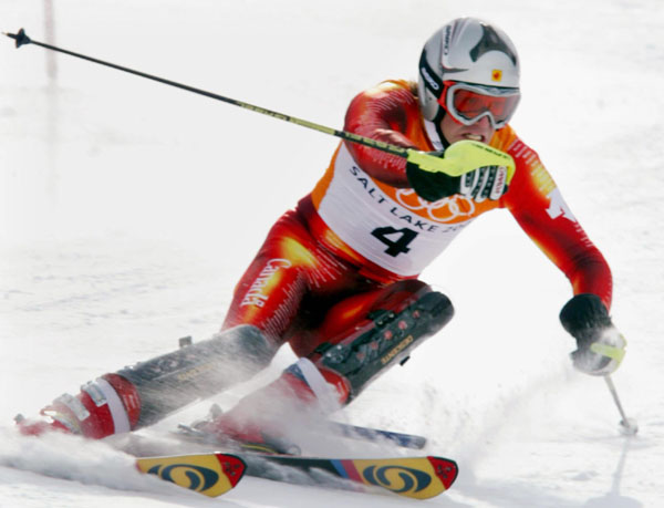 Canadian Jean-Philippe Roy, of Sainte-Flavie, Quebec, races down the Slalom course during the Men's Combined in Snow Basin, Utah Wednesday Feb. 13, at the 2002 Winter Olympic Games. (CP Photo/COA/Andre Forget)