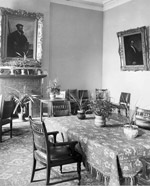 Photograph of Ladies' sitting room, Centre Block, ca. 1902
