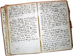 Photo de deux pages d'un journal manuscrit