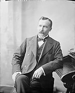 Official photograph of Hon. Clifford Sifton, 1900
