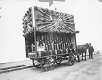 Photograph of an advertisement wagon promoting immigration to Canada, 1905