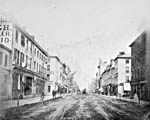 Photo : Rue King, Toronto, vers 1868.