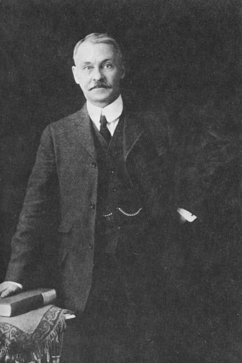 Photo : Sir Frederick William Haultain