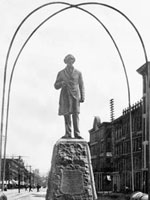 Photograph of the Sir�John�A.�Macdonald Monument, Hamilton, Ontario, ca. 1909 - 1925