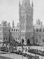 Photograph of Sir�John�A.�Macdonald's funeral procession on Parliament Hill, Ottawa, June�1891