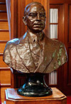 Bust of William Lyon Mackenzie King