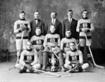 Photo du Vernon Hockey Club, en 1915