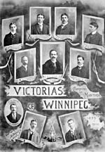 Photo des membres de l'équipe de hockey des Victorias de Winnipeg, en 1899-1900