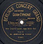 Ten-inch disc with the CONCERT GRAND label and scroll lettering, circa 1901