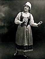 Photograph of Sarah Fischer as Micaëla in CARMEN, Montréal, 1918
