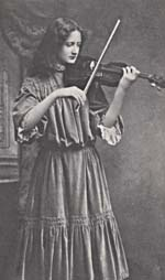 Photograph of Kathleen Parlow playing the violin, London, 1905