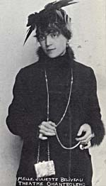 Photograph of Juliette Béliveau in 1915