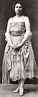 Photograph of Cora Tracey