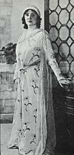 Photograph of Florence Easton as Lauretta at the world premiere of GIANNI SCHICCHI,  December 14, 1918