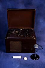 Photograph of the Brush BK-401 tape recorder, 1947 (CSTM; 1973.0201)