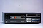 Photograph of the Sony CDP-101 compact disc player, 1983 (CSTM; 1983.0340)