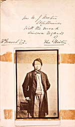 Photo de Thomas D'Arcy McGee, avec son inscription, en date du 30 mars 1862, tirées d'une copie de son livre CANADIAN BALLADS, AND OCCASIONAL VERSES (1858)