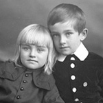 Studio portrait of the Master family children, Ottawa, Ontario