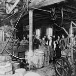 Photo de l'usine d'embouteillage Pelissier's Brewery, Fort Garry (Manitoba), 1919