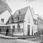 Stereogram of the house in which General Montcalm held his last council of war, Québec, Quebec