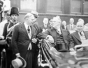 Prime Minister Mackenzie King and President Franklin D. Roosevelt at the opening of the Thousand Islands Bridge, August 18, 1938.